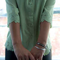 Mint Julep - 80's Green Tunic Blouse W/ Scalloped Floral Detail - Vintage