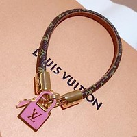 LV Louis Vuitton Fashion Leather Stainless Steel Key Lock Pendant Hand Catenary Bracelet I-KMG-NPSL