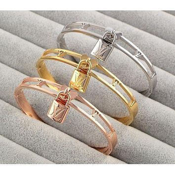 Louis Vuitton LV Popular In The World New Lock Hollow Stainless Steel Bracelet Jewelry