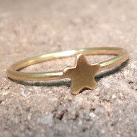 Tiny Star Knuckle Ring Layering Above the by RawEarthStudio