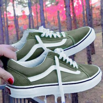 Vans Old Skool Classics  Skate shoes  Sneaker Army green