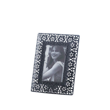 Moroccan Cutout Flowers Frame Small