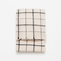 SOFT CHECKED SCARF