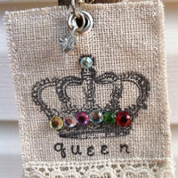 The Queen Cloth Necklace Pendant by Rokitheart on Etsy
