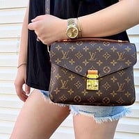 Louis Vuitton LV Women Leather Crossbody Shoulder Bag Satchel Messenger bag envelope bag