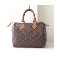 Louis Vuitton Speedy 25, Louis Vuitton Monogram, Louis Vuitton bags, Louis Vuitton Purse, brown bags, designer handbags, totes, Authentic