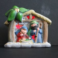 Light up Christmas Nativity Ornament, Batteries Included!