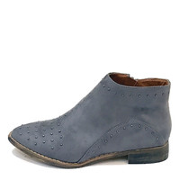 """""""Tassos"""" Studded Faux Suede Pointy Toe Booties - Gray"""