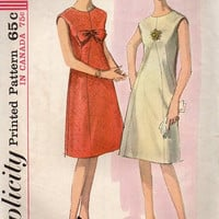 60s Retro Mod Mad Men Style Dress Simplicity Sewing Pattern Sleeveless Collarless A-line Party Dress Bust 32