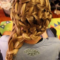 Dutch Waterfall Braid Hairstyles | Hairstyles Weekly