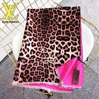 LV Louis Vuitton Fashion Women Men Leopard Grain Cashmere Cape Scarf Scarves Shawl Accessories
