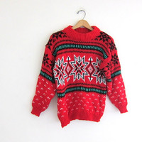 vintage red knit pullover. snowflake ski sweater. size S