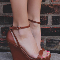On the Catwalk Wedge - Whiskey