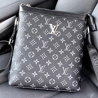 LV New fashion monogram print leather shoulder bag crossbody bag Black