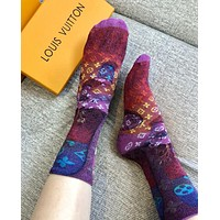 LV Louis Vuitton Fashionable Pattern Graffiti Cotton Socks