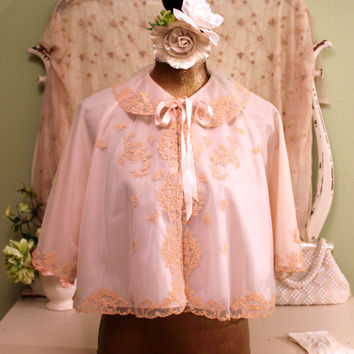 40s Blush Pink Bed Jacket, Odette Barsa Lace Jacket, 1940s 50s Nylon Lingerie, Peignoir, Boho chic Shabby Jackets, Vintage Lace Night Jacket