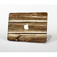 """The Dark Highlighted Old Wood Skin Set for the Apple MacBook Pro 13"""" with Retina Display"""