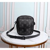 LV Louis Vuitton MONOGRAM CANVAS CHRISTPPHER INCLINED SHOULDER BAG
