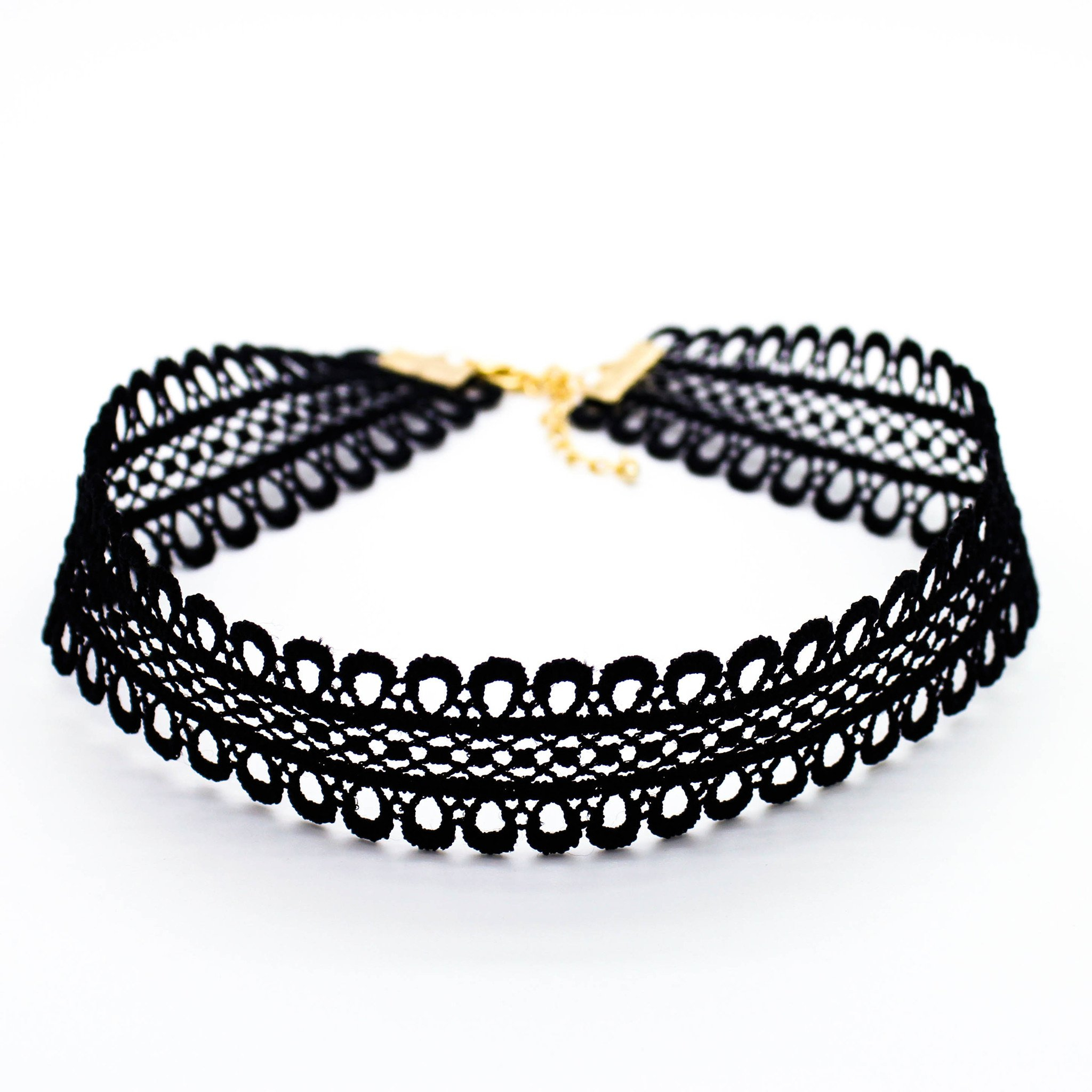 Image of Lovely cut-out choker necklace