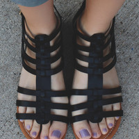 Coastal Vibes Sandals - Black