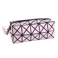 Fashion Geometric Zipper Cosmetic Bag Women Laser Flash Diamond Leather Makeup Bag Ladies Cosmetics Organizer New Trend 2016