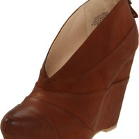 Boutique 9 Women's Darting Wedge Boot
