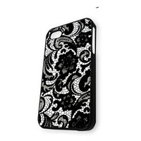 Beautiful Lace Pattern Floral iPhone 5/5S Case
