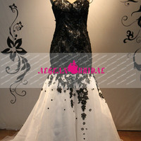 RW192 Black and White Lace Wedding Dress Beads Mermaid Bridal Dress Long Bridal Gown Wedding Gown with Court Train Summer wedding dress