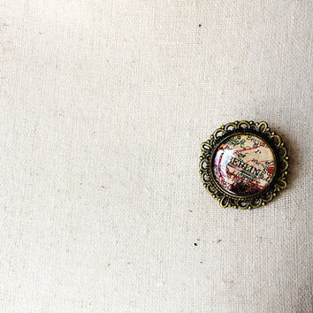 Berlin Old Map cameo pin brooch - Berlin pin - Berlin brooch - Berlin Jewelry - Wanderlust jewelry-Gift for travellers-Germany map- Souvenir