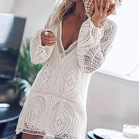 Embroidery Lace Short Dress Sexy Women Deep V Hollow out Party Mini Dress Elegant Lantern Sleeve Vestido