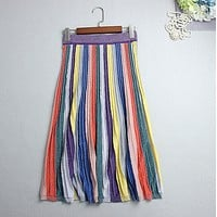The color of a large skirt in a long skirt