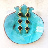 night extra long black onyx and gold stone earring elegant gemstone glam fashion jewelry israel