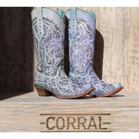 Corral Chameleon Color Changing Boots