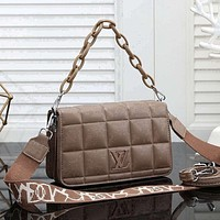 Louis Vuitton LV women's diamond pattern handbag shoulder bag
