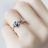 Silver Rose and Skull ring