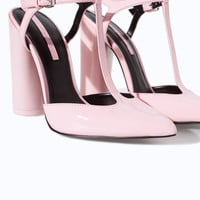 POINTED HIGH HEEL COURT SHOE WITH ANKLE STRAP