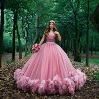 Sweet 16 Pink Quinceanera Dresses Off Shoulder Ruched Ball Gown Sweet 15 Dress Prom Gowns Vestido De 15 Anos Quinceanera فساتين