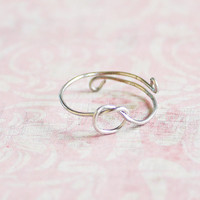 ON SALE! Small Knot Ring