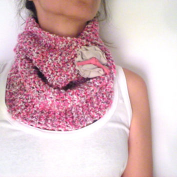 Hand Knit Cowl - Cozy Neckwarmer - Fall Winter Accessories - Christmas Gifts