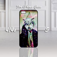Cosmic Nebula triangle Wolf, Design For iPhone 4/4s Case or iPhone 5 Case - Black or White (Option)
