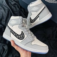 Air Jordan 1 AJ1 X Dior Couple Embroidered Letters High-Top Basketball Sneakers