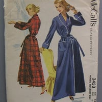 Vintage 1955 bathrobe pattern, McCalls 3453