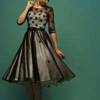 86-wendy Star tulle Fifties style wedding or prom dress.