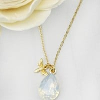 Women Fashion Jewelry Glass Bead Bee Charm Necklace Pendant Nature Love Casual