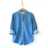 20% OFF SALE vintage button up jean shirt. denim pocket shirt. button down shirt. women's shirt.