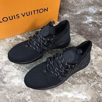 lv louis vuitton womans mens 2020 new fashion casual shoes sneaker sport running shoes 238