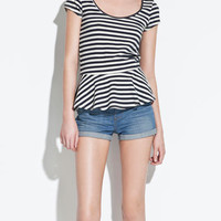 T-SHIRT WITH FRILL AT THE HEM