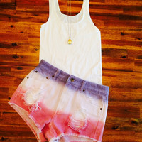AMERICAN SHORT SHORTS AND WHITE TANK