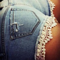 [5082] Lace With Floral Jeans Short