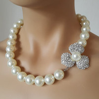Ivory Pearl Wedding Necklace with Swarovski Clasp Spain Rose.